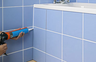 Заделка швов плитки в ванной видео