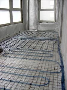 водяной теплый пол на балконе
